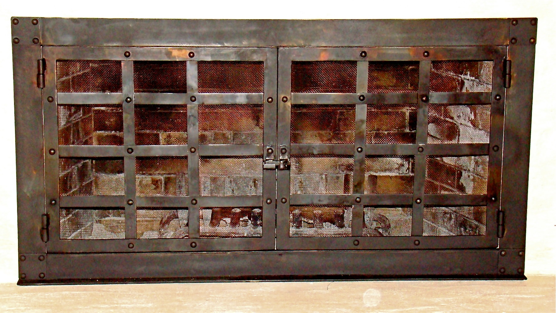 Decorative rustic fireplace screen